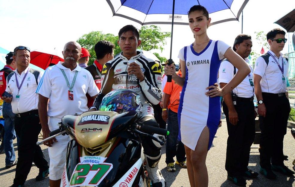 Iskandar Raduan on the starting grid