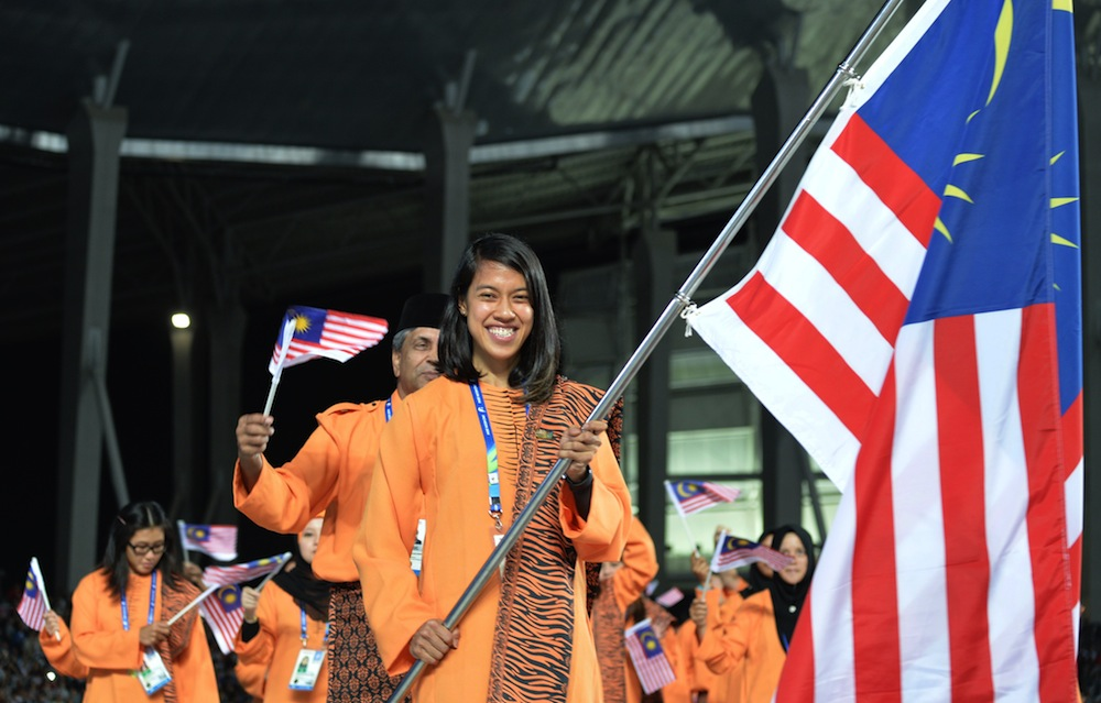Datuk Nicol David leads the Malaysian delegation parade during the opening ceremony of the 2014 Asian Games at the Incheon Asiad Main Stadium