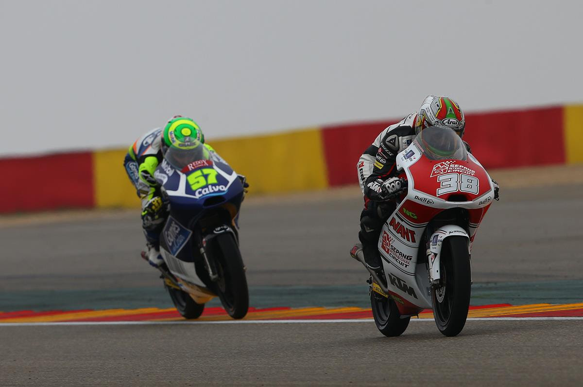 SIC-Ajo Team rider gains 9 places at Aragon Grand Prix after crossing the finish line in 19th place.