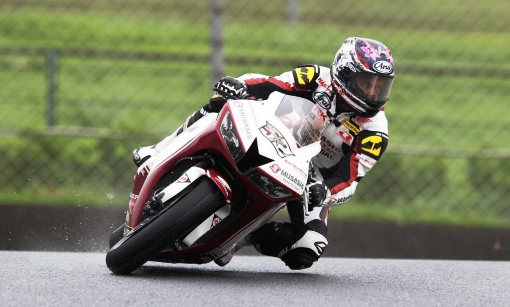 Rain-master Zamri Baba during the SuperSports 600cc qualifying at the Autopolis Circuit, Japan