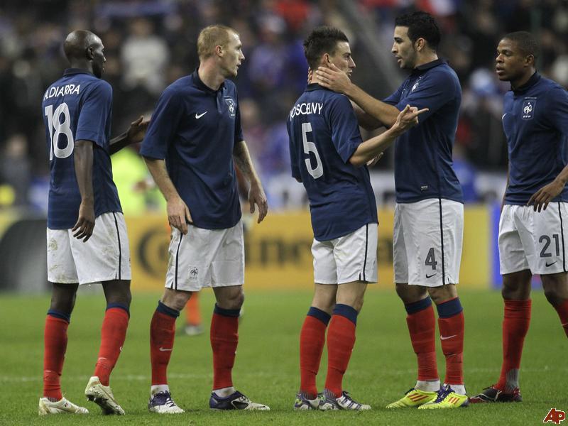 New-look Spain set for test against revived France