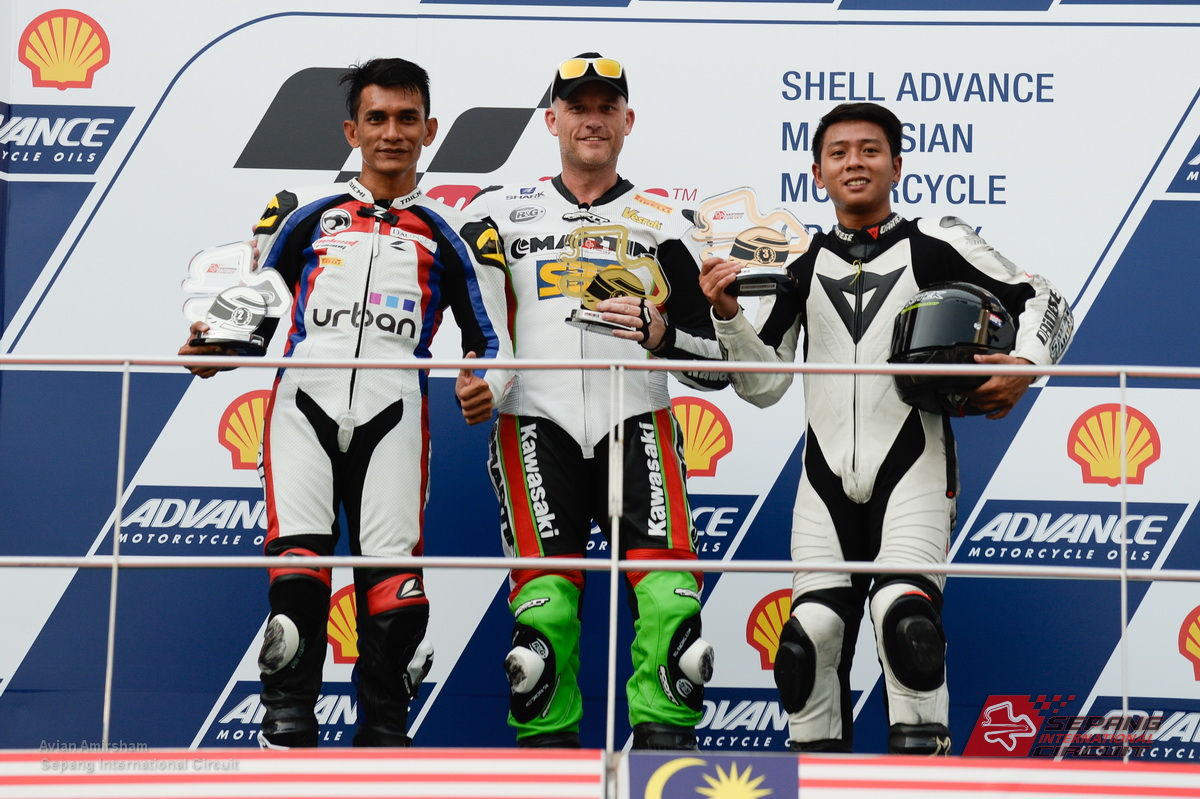 Britain's Steve Martin won the Malaysian Super Series (MSS) crown in grand style; clinching the prestigious Superstock title at the glamourous 2014 Shell Advance Malaysian Grand Prix stage and literally wresting the coveted crown away from the defending champion.