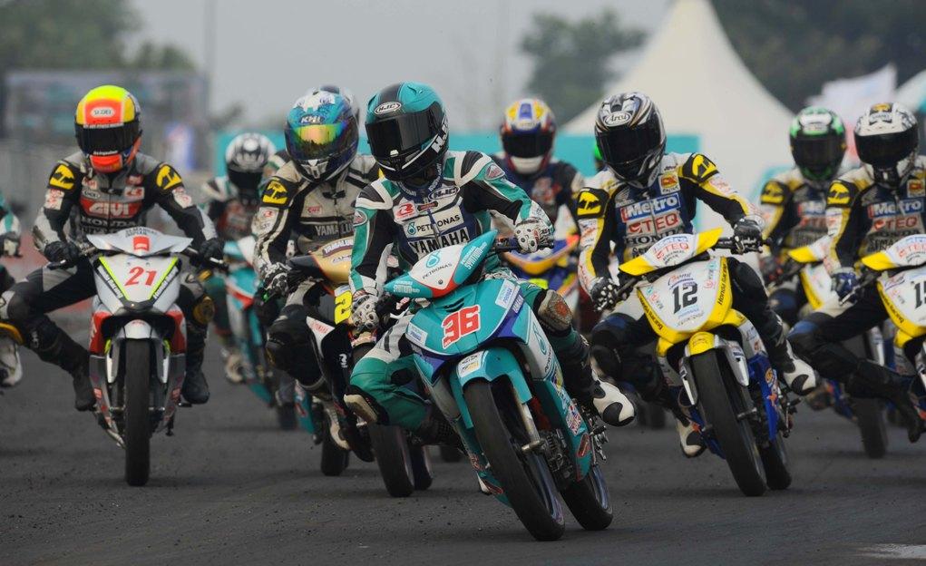 Affendi Rosli leading the CP130 race in Jempol