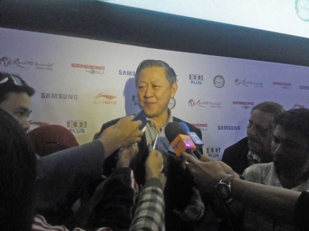 Muar team manager Huan Woon Han dedicated his team's double success to the late Tunku Jalil Sultan Ibrahim – the Royal Patron of Muar City BC, who passed away because of liver cancer last month.