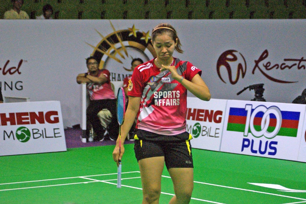 Febby Angguni yang berusia 25 tahun (lahir pada 8 Julai 1991) berasal dari Bandung, Indonesia yang mewakili pasukan Cheras BC dalam Kejohanan Cabaran Juara-Juara Resorts World Genting 2015 ini.