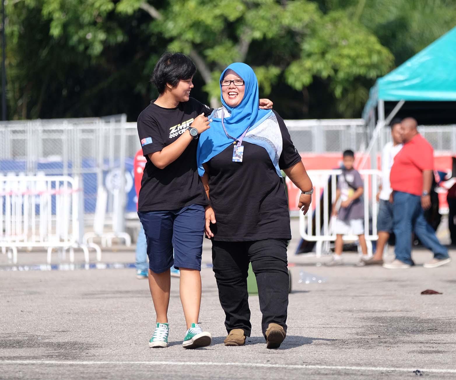 Fifie mendedikasikan perlumbaan pertama kepada wanita yang paling banyak menyokong perjalanan karier selama ini, ibunya sendiri, Norwaini Hj Zuginin.