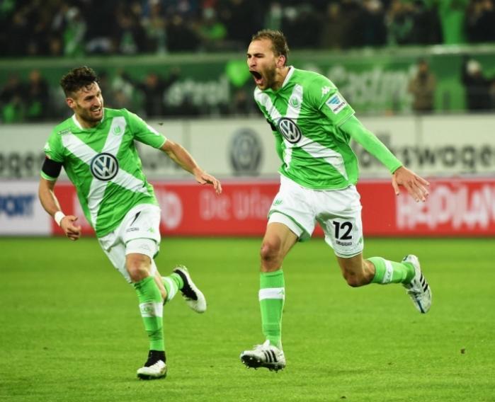 wolfsburg-striker-bas-dost