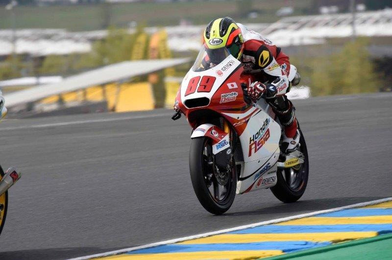Moto3 rookie Khairul Idham Pawi finished 14th place again and added two more championship points in today's twenty-four lap French GP. His team mate Hiroki Ono forced to retire from the race due to the crash at turn 8 on lap16.