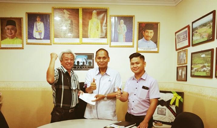 Johnson Koh receiving notification from Penyuki Matta   witnessed by Canary.