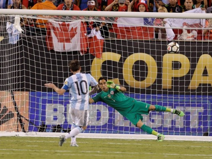 messi.missed.penalty