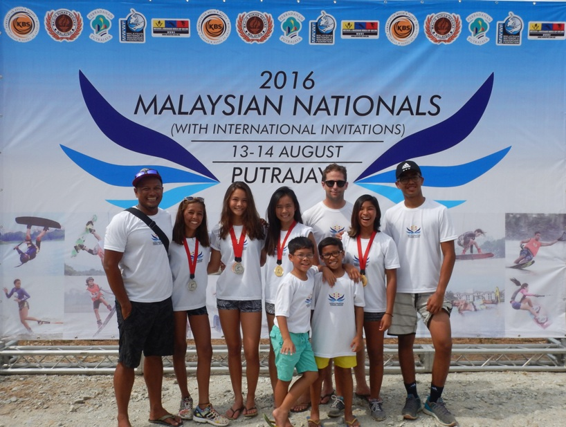 _2016-08-14 15.44.41_very young team malaysia & coaches marian & fisal