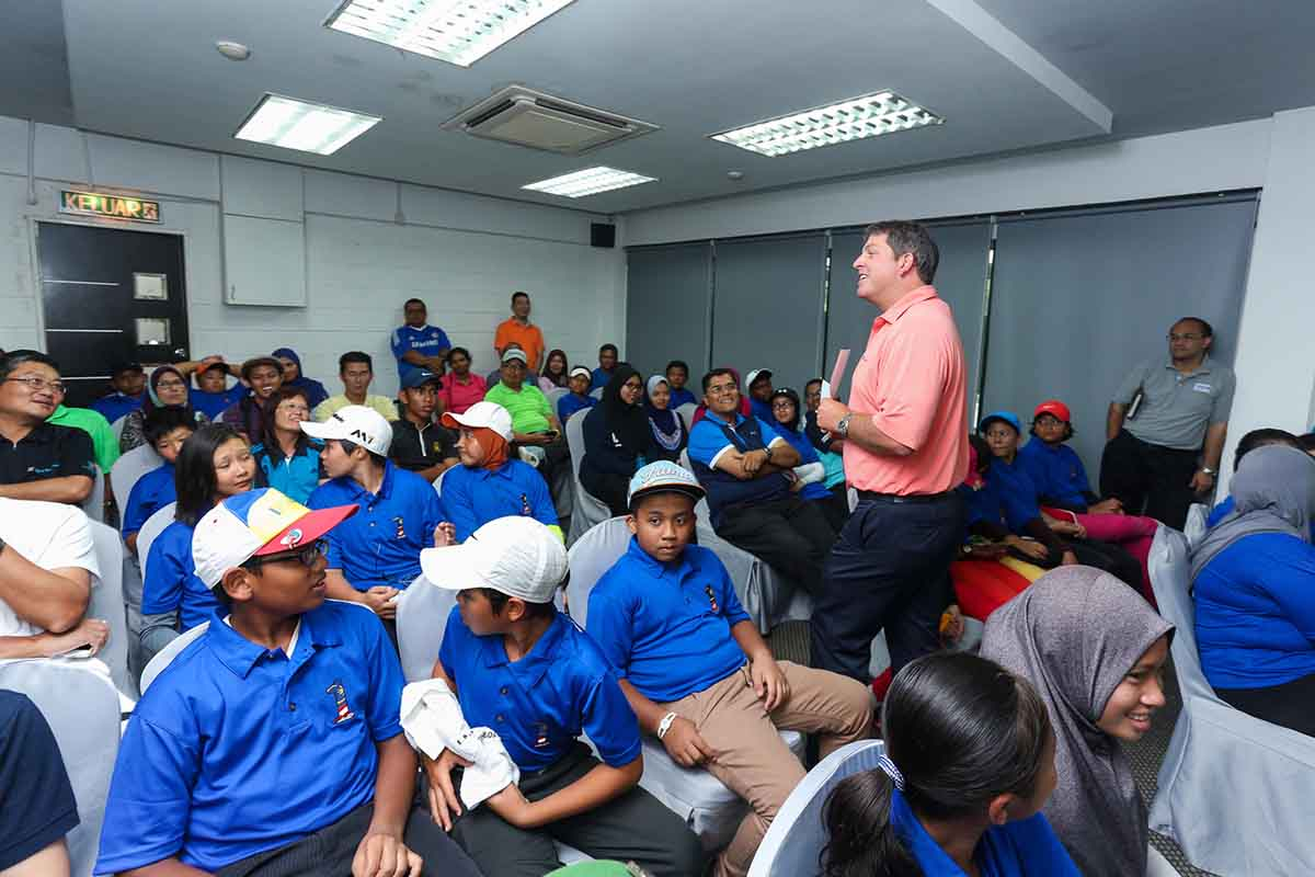 "25 junior golfers are inspired by the ""What's next after junior golf"" dialogue during MYFutures Junior Tour in Kedah Darulaman Golf and Country Club on Friday."