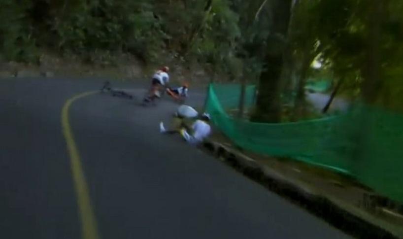 Nibali-and-Henao-crash