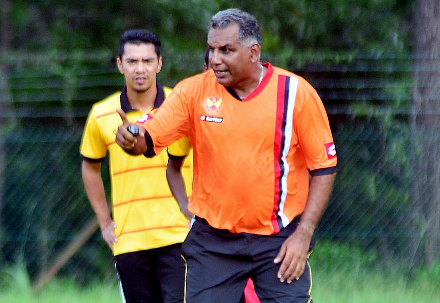 Jurulatih Selangor FA 2016 - K Gunalan