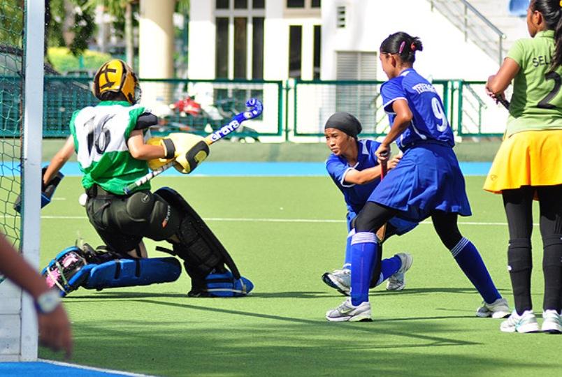 tganu-wmns-hockey