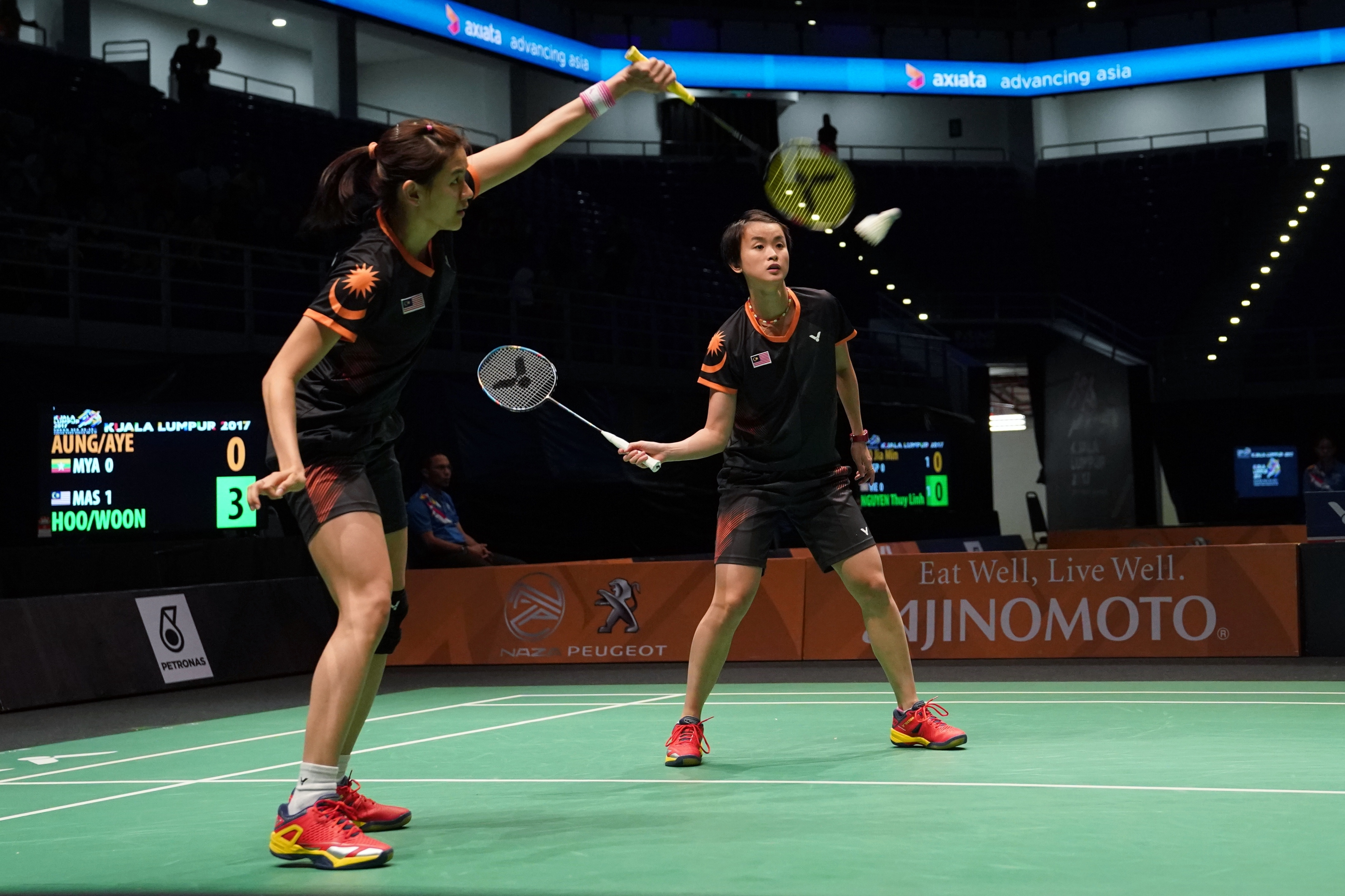 Malaysia secured their second point through the country's top doubles pair Vivian Hoo-Woon Khe Wei.